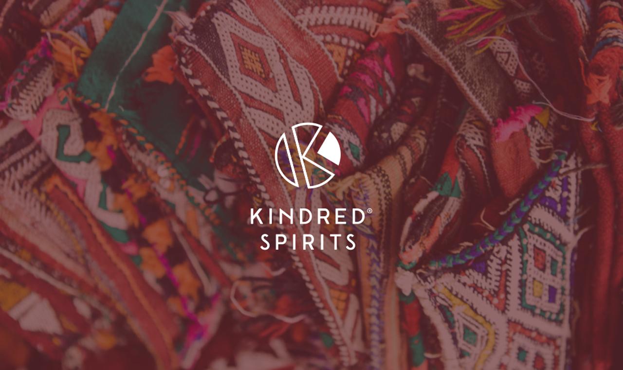 Kindred Spirits logo – Studio Mooijman en Mittelberg, Grafisch ontwerpbureau, Den Haag