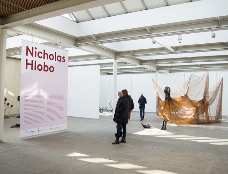 Nicholas Hlobo – Studio Mooijman en Mittelberg, Grafisch ontwerpbureau, Den Haag