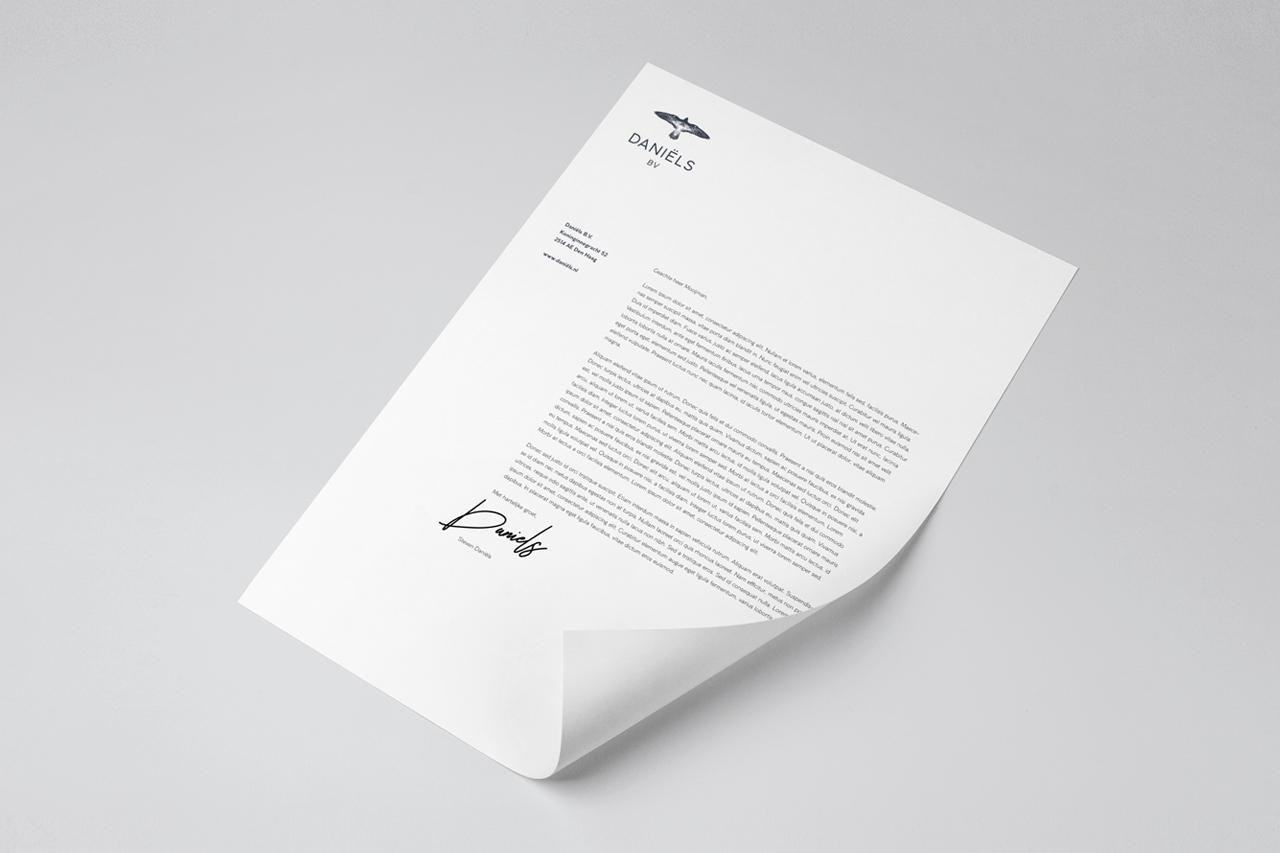 Daniëls BV briefpapier – Studio Mooijman en Mittelberg, Grafisch ontwerpbureau, Den Haag
