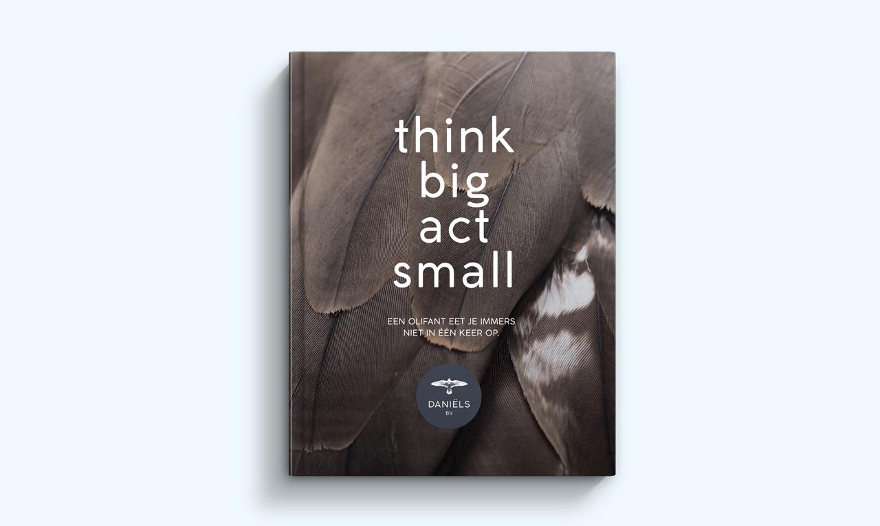 Daniëls BV boek – Studio Mooijman en Mittelberg, Grafisch ontwerpbureau, Den Haag